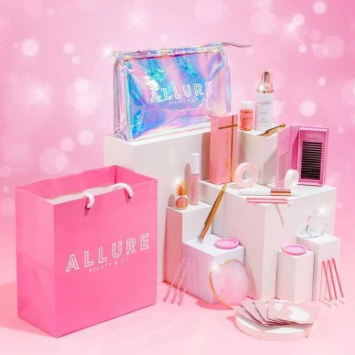 https://www.allurelashuk.com/product-category/accessories/